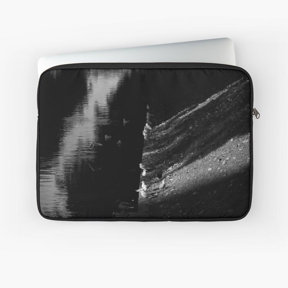 Zipped laptop sleeve