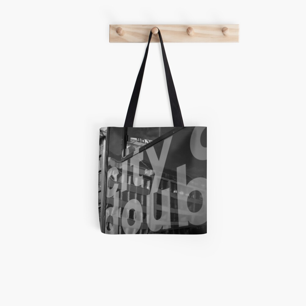 Totes deluxe. Sturdy and stylish with a vivid double-sided print