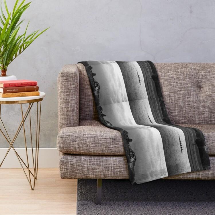 100% polyester fleece with soft, fluffy handfeel